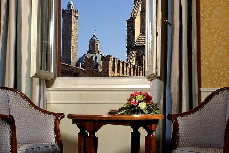 Exteriores art hotel orologio bolonia, italia