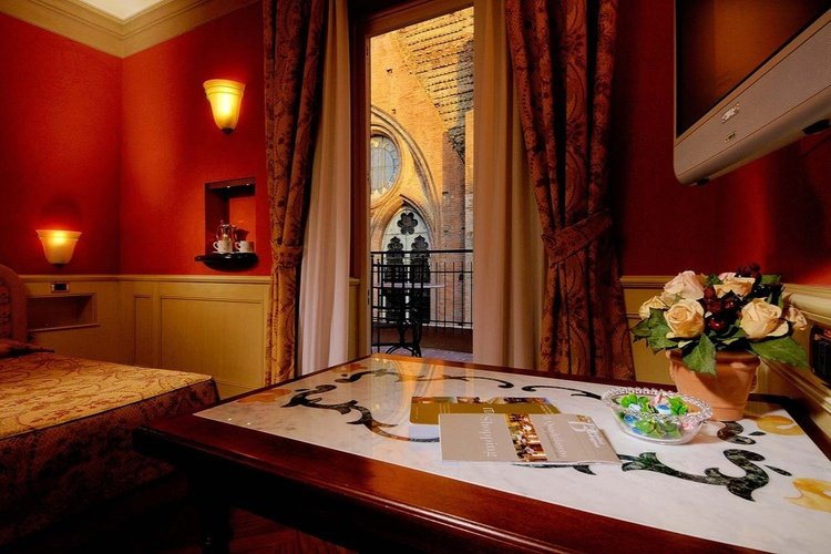 Habitación  art hotel commercianti bolonia