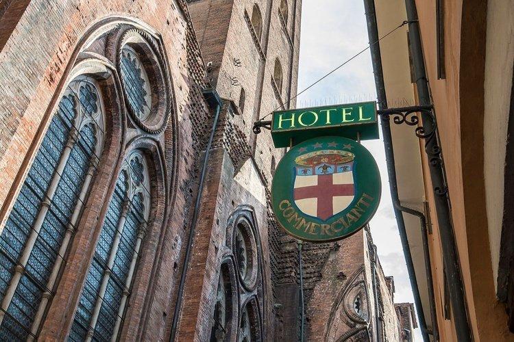 Fachada  art hotel commercianti bolonia