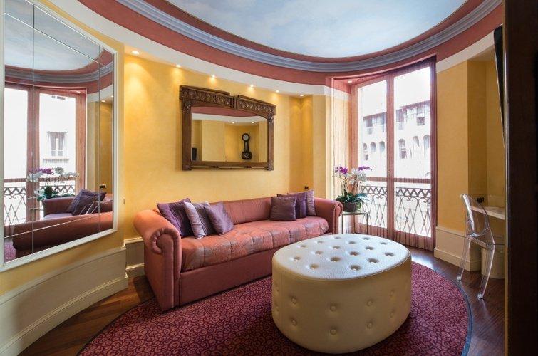 Suite art hotel orologio bolonia, italia