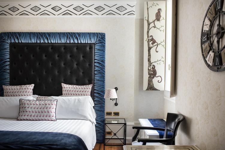 Habitación  art hotel orologio bolonia