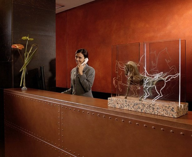 Recepción  Art Hotel Novecento Bolonia, Italia