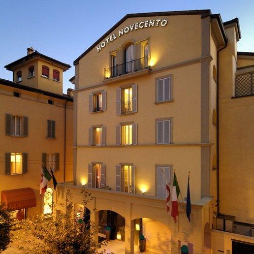 Fachada  art hotel novecento bolonia, italia