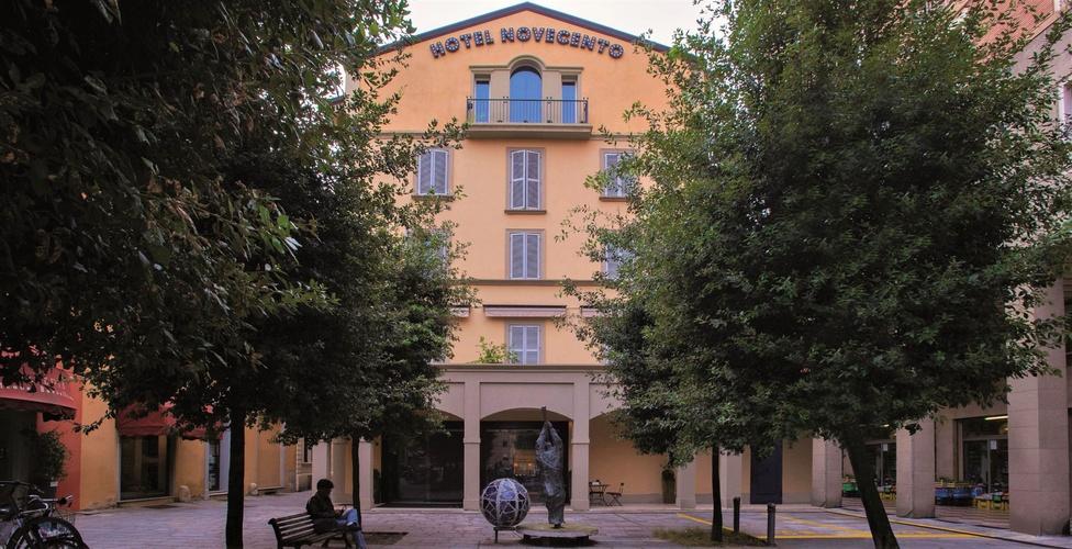 Fachada  art hotel novecento bolonia