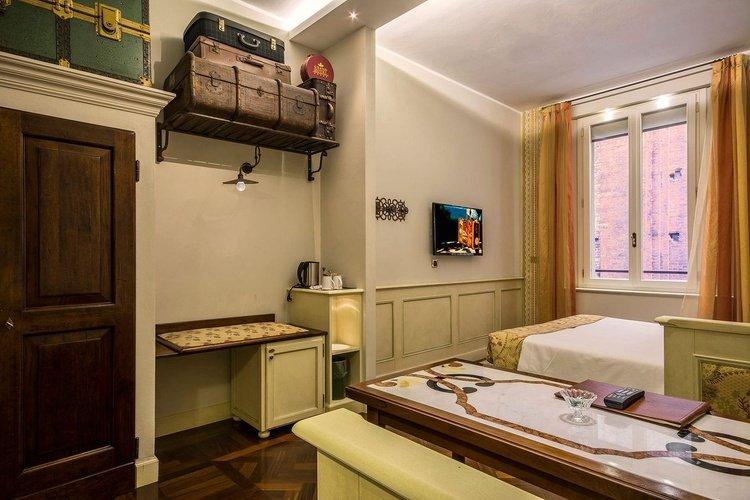 Habitación estándar art hotel commercianti bologna