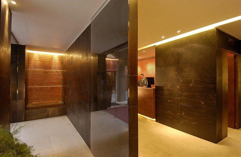 Recepción  art hotel novecento bologna